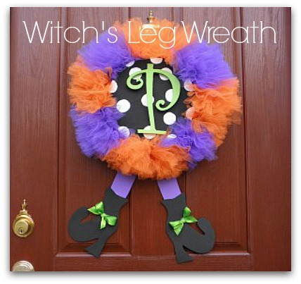 Witch_Leg_Wreath