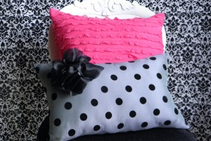 {Sew, So Cute} Adorable Polka Dot and Ruffle Pillows