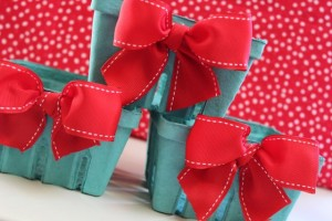 {Sew So Cute} Bow Berry Baskets