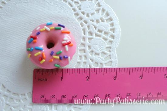 Sprinkle_Donut_4