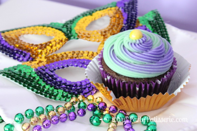 Mardi_Gras_Cupcakes_10