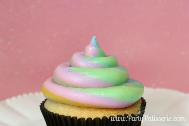 Rainbow_Cupcakes_10