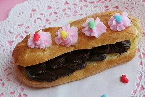 Eclairs_Featured