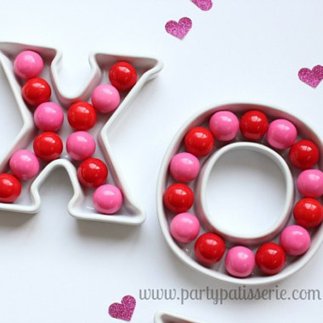 We've added some fun Valentine items to the shop, including these adorable candy dishes! Use code VAL15 for 15% off. Check it out at etsy.com/shop/PartyPatisserie #Valentine