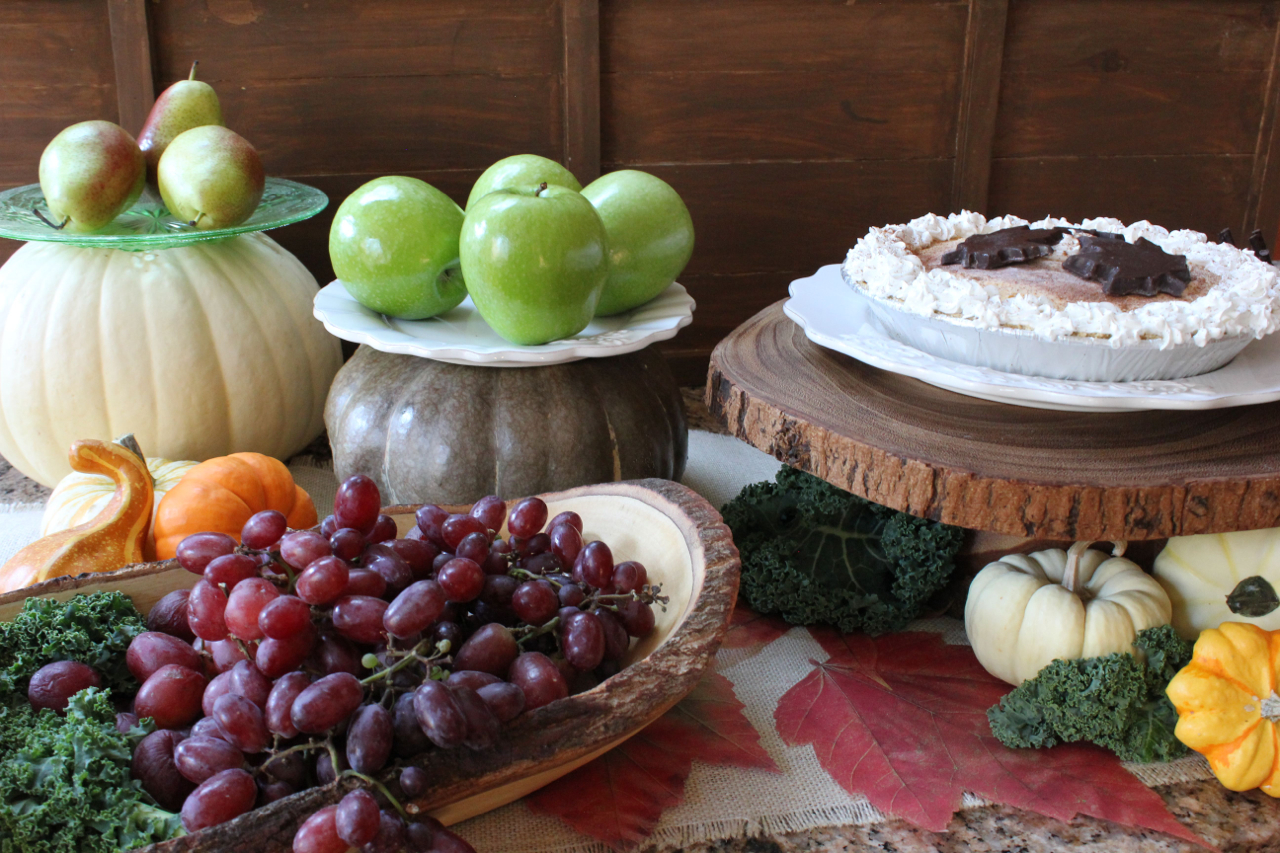 Rustic Thanksgiving Serving Pieces