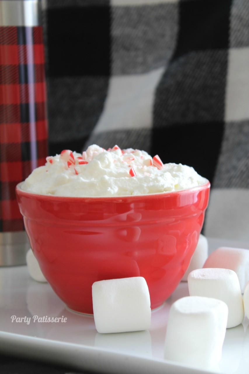 Peppermint_Whipped_Cream_Recipe_2