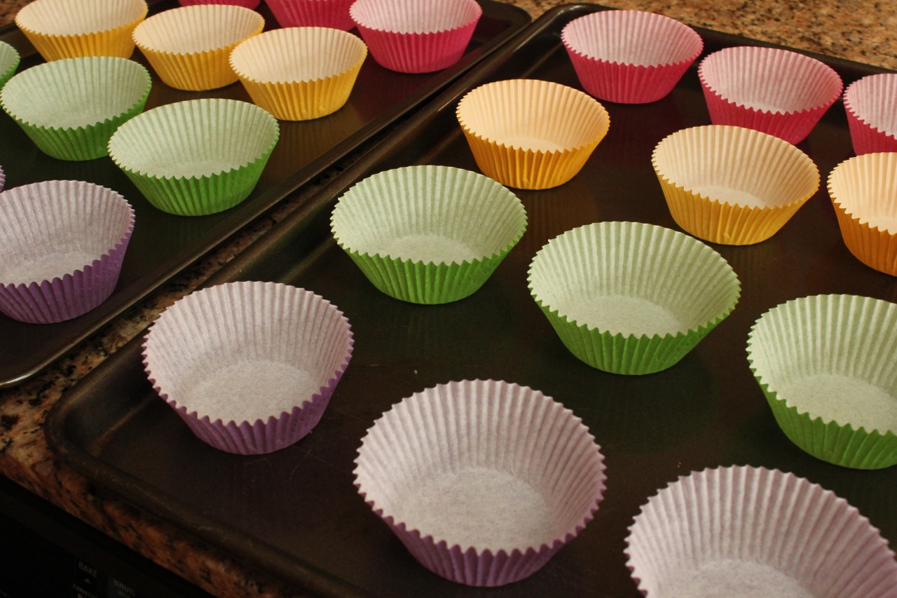 candy,cupcake liners