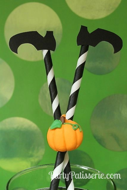 Straws_with_Pumpkin_Watermark