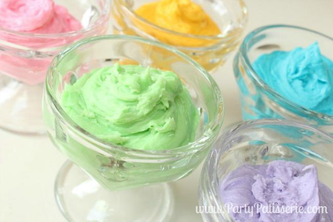 Rainbow_Cupcakes_4