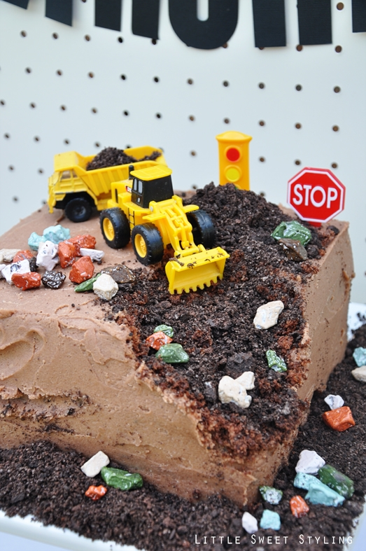 boys-construction-birthday-party-cake-ideas-1