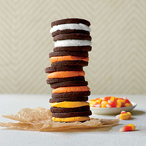 creme-filled-chocolate-sandwich-cookies-sl-l