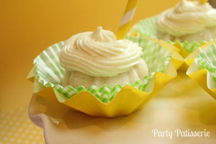 Lemonade_Bundt_Cakes_1